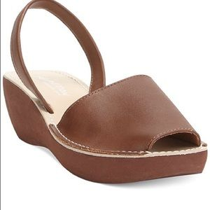 Kenneth Cole Reaction platform wedge sandal